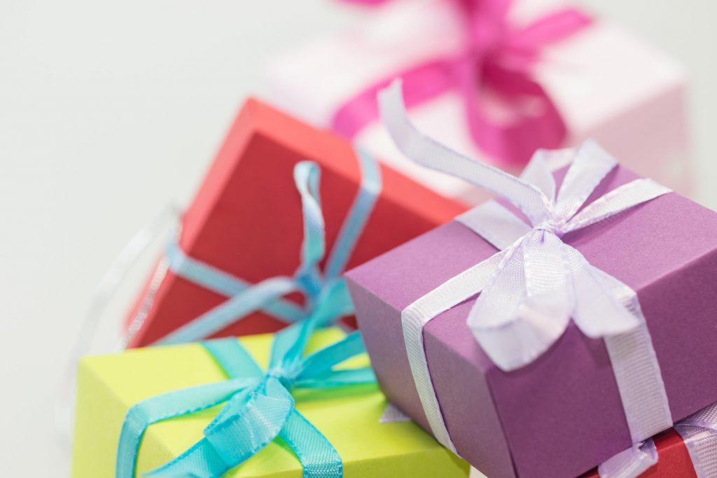 Indpakkede gaver