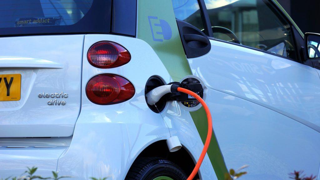 bil, opladning, elektricitet