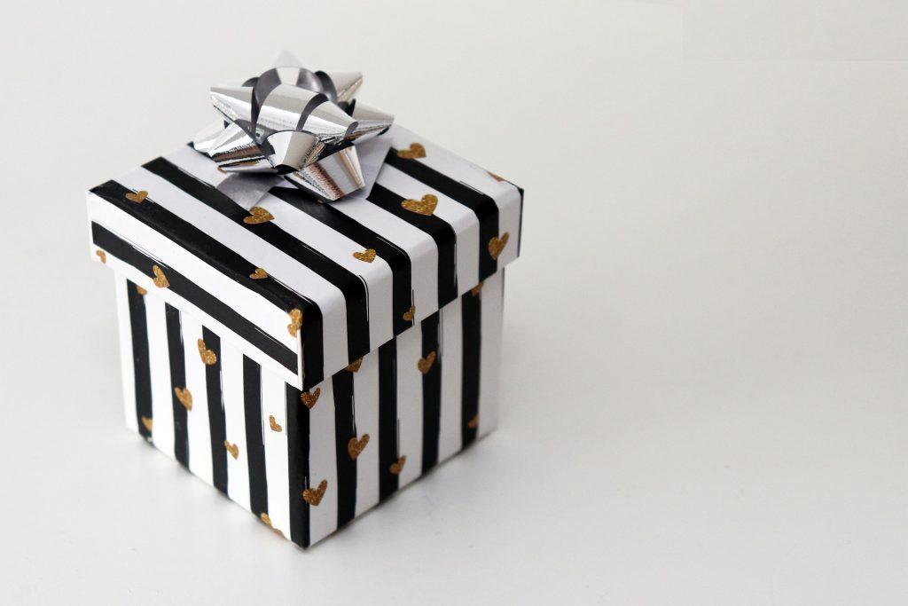 Gave, indpakning, fødselsdag, æske